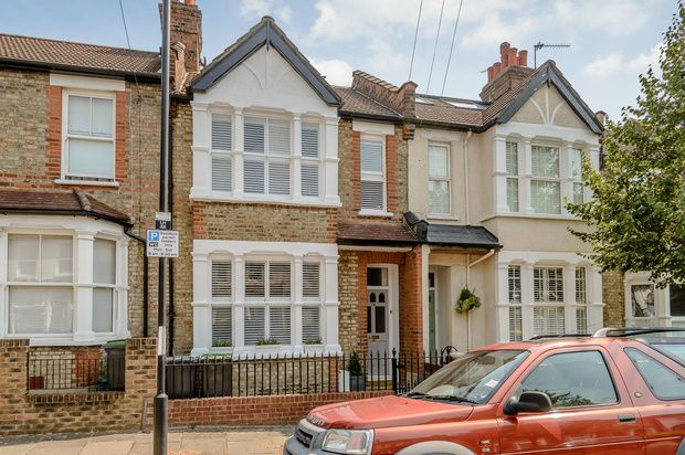 Thumbnail Terraced house for sale in Leith Road, London