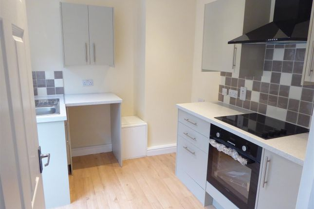 Refitted Kitchen of Albion Mews, Albion Street, Dunstable LU6