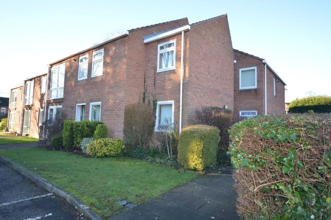 Thumbnail Flat to rent in The Beeches Weyhill Road, Andover