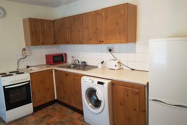 1 bed flat to rent in Clarence Road, Grays RM17