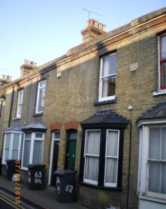 Thumbnail Shared accommodation to rent in St Peter's Grove, Canterbury, Kent