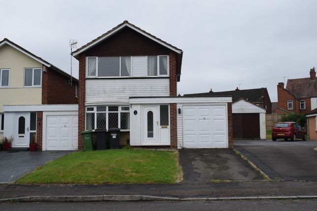 Thumbnail Detached house to rent in Orkney Close, Nuneaton