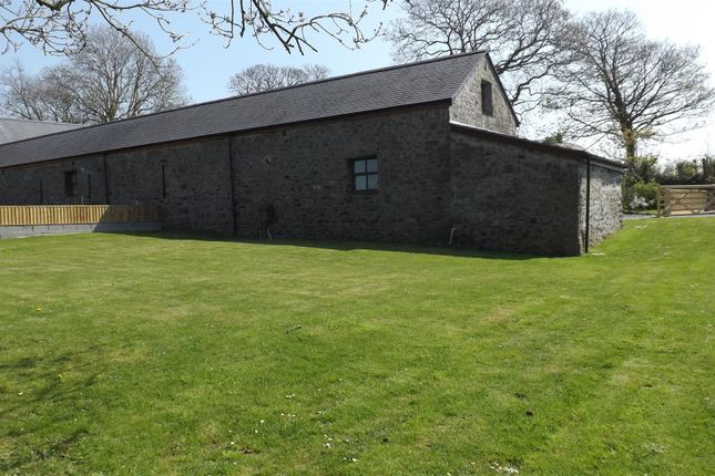 Foxes Exterior of Templeton, Narberth SA67