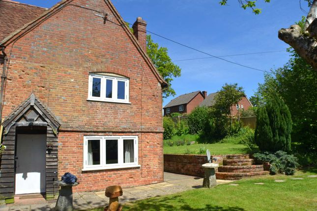 2 bed semi-detached house to rent in Cold Ash Hill, Cold Ash, Thatcham RG18