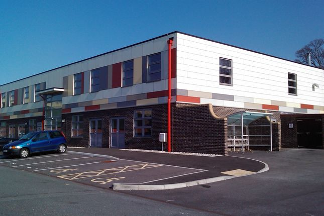 Light industrial to let in Stirling Road, St Leonards On Sea