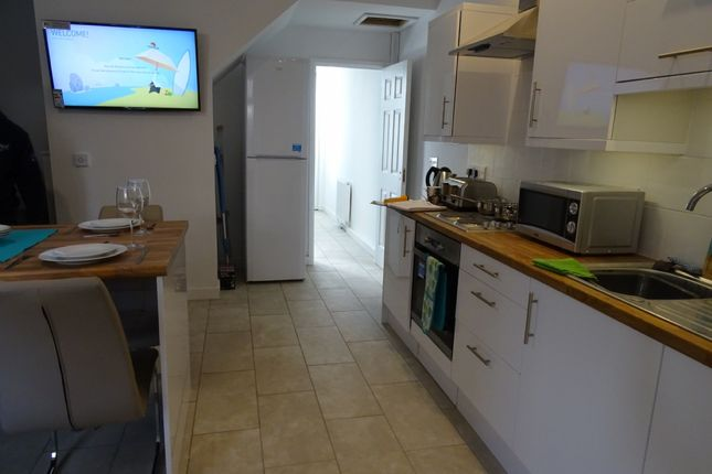 Thumbnail Room to rent in Room 4, Bennett Street, Long Eaton