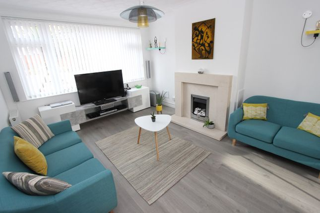 Thumbnail Detached house for sale in Warren Close, Old Shirley, Southampton