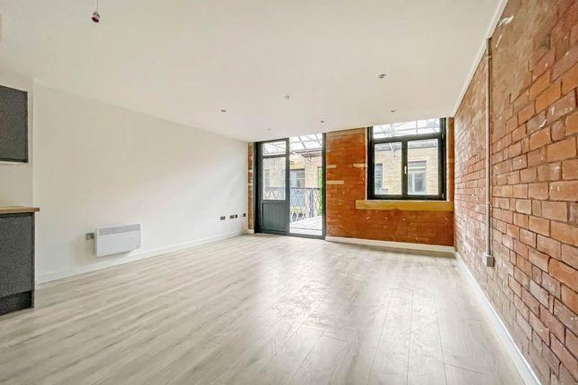 Thumbnail Flat to rent in Cape Street, Bradford