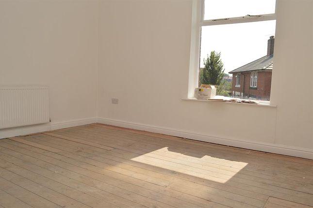 Bedroom 1 of Urmson Street, Oldham OL8