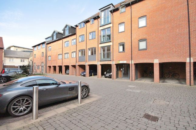 Thumbnail Flat for sale in St. Thomas Street, Oxford