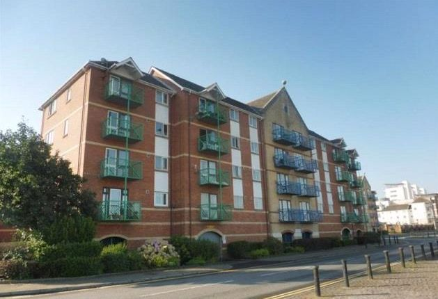 1 bed flat to rent in Empress House, Trawler Road, Swansea