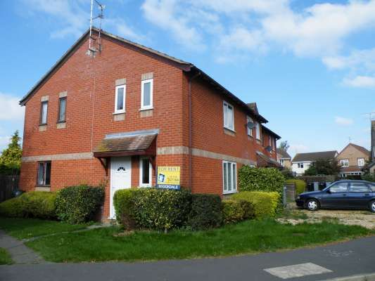 Thumbnail Terraced house to rent in The Brambles, Deeping St.James