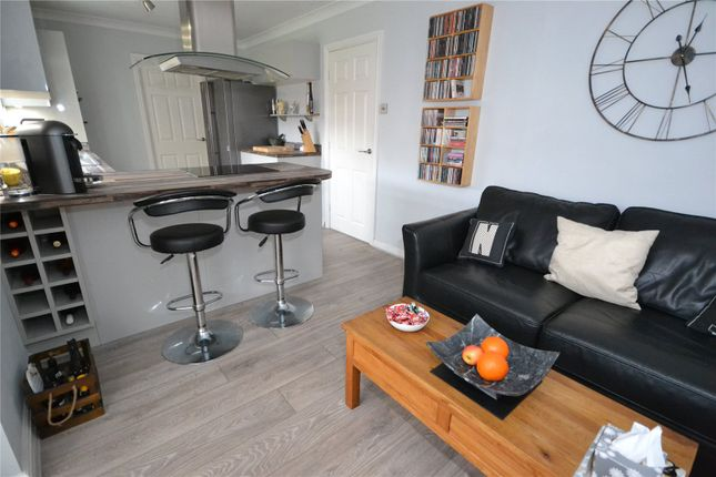 Sitting/Kitchen of Howdale Road, Hull, East Riding Of Yorkshire HU8