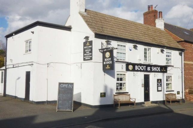 Thumbnail Pub/bar to let in Main Street, Tadcaster, North Yorkshire