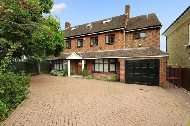 Thumbnail Detached house for sale in Park View Road, London