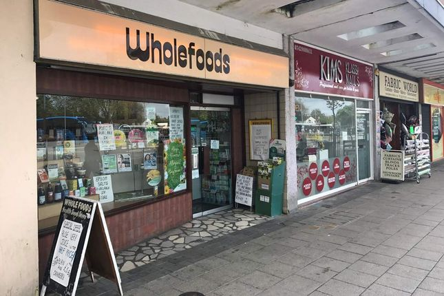 Thumbnail Retail premises for sale in Thurlow Street, Bedford