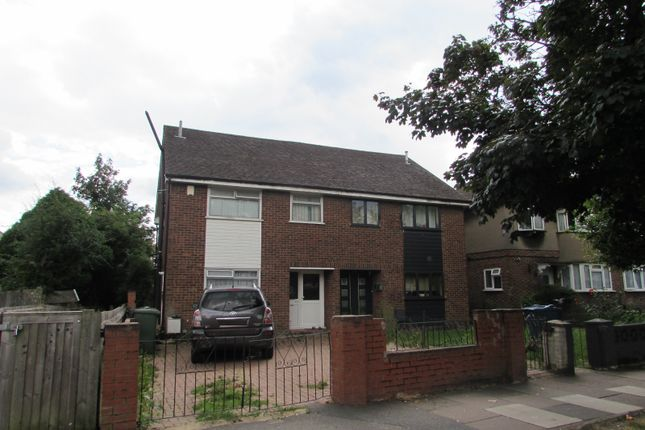 3 bed semi-detached house to rent in Kenton Lane, Harrow, Middlesex HA3