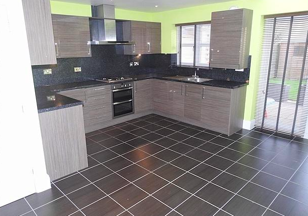 Thumbnail Terraced house to rent in St Georges Court, Willerby