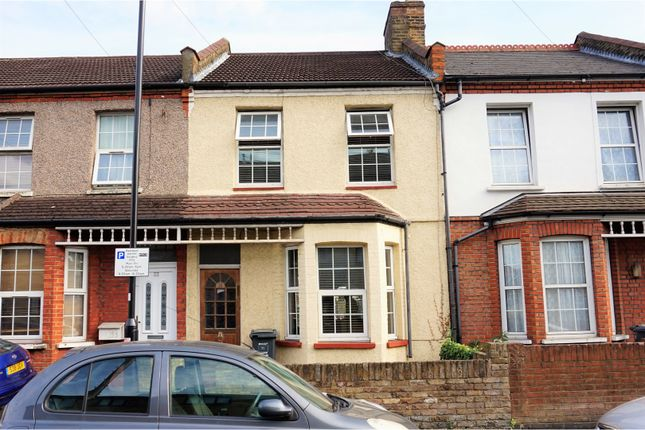 Thumbnail Terraced house for sale in Heath Road, Hounslow