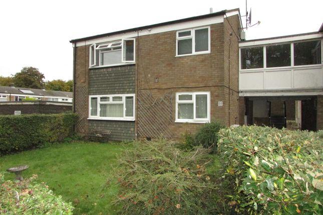 Thumbnail Flat for sale in Douglas Drive, Stevenage