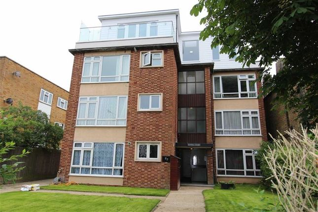 Thumbnail Flat for sale in Kendal Court, North Chingford, London