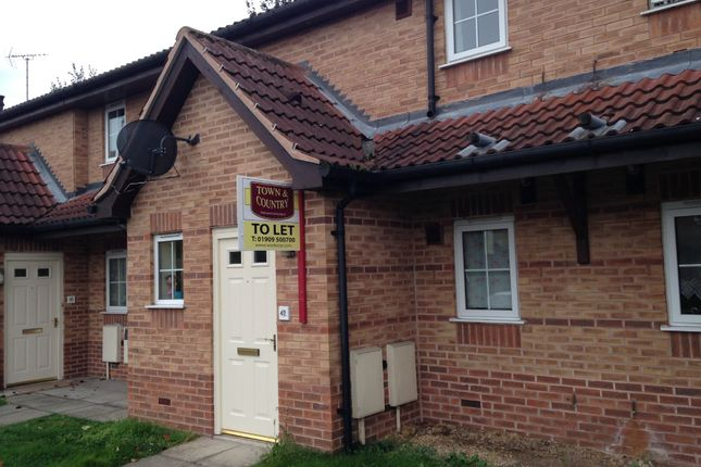 2 bed flat to rent in The Pines, Worksop S80