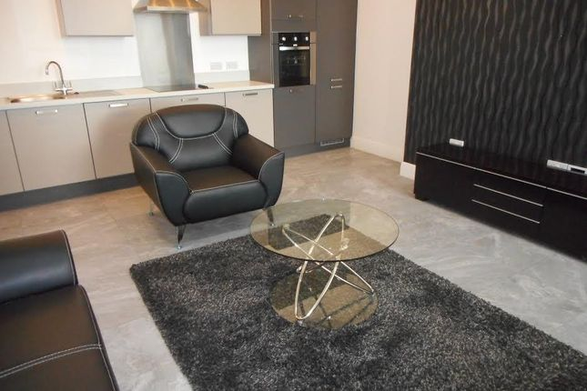Thumbnail Flat to rent in Empire House, Cardiff