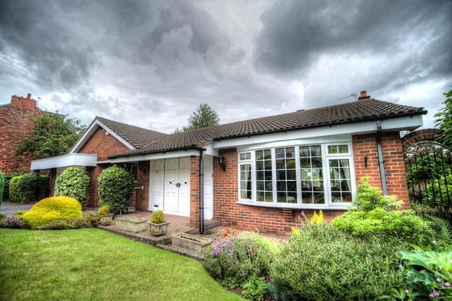 Thumbnail Detached bungalow for sale in 31 Haigh Lane, Chadderton, Oldham