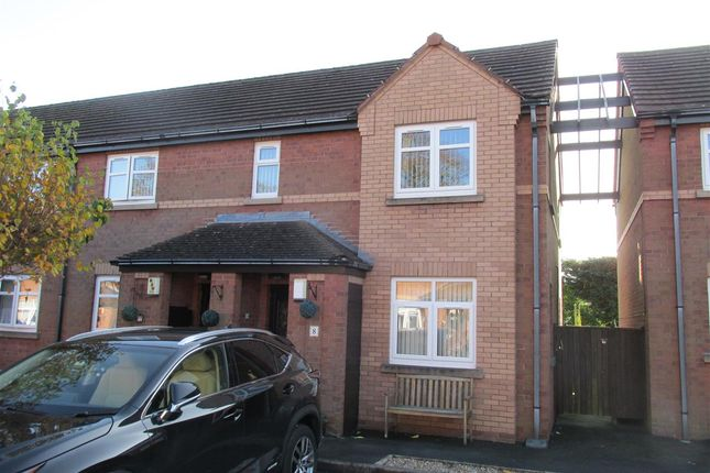 Main Picture of Cheviot Close, Prenton, Birkenhead CH42