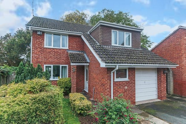 Thumbnail Detached house for sale in Chandlers Close, Headless Cross, Redditch