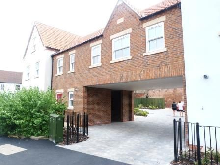 Thumbnail Flat to rent in Blucher Lane, Beverley