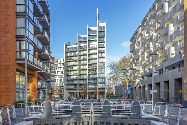 Thumbnail Flat for sale in Caro Point, Grosvenor Waterside, 5 Gatliff Road, Chelsea, London