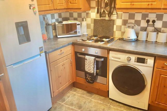 2 bed property to rent in Princess Street, Wombwell, Barnsley S73