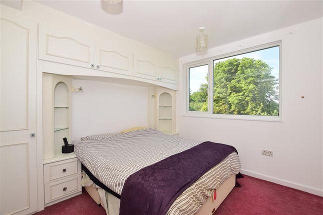 Bedroom 1 of Green Curve, Banstead, Surrey SM7