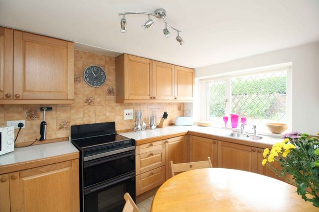 Thumbnail Cottage for sale in Emsdorf Street, Lundin Links, Leven