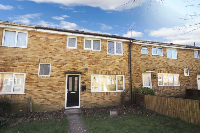 Thumbnail Terraced house to rent in Holly Walk, Witham