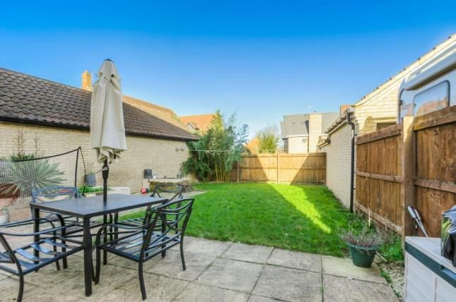 Garden of Sheridan Grove, Oxley Park, Milton Keynes MK4
