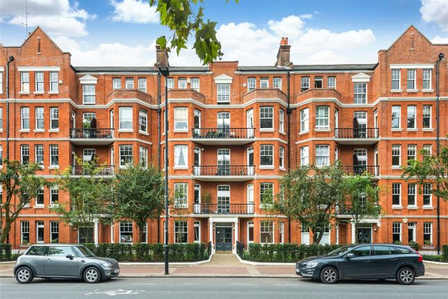 2 bed flat for sale in Albany Mansions, Albert Bridge Road, London