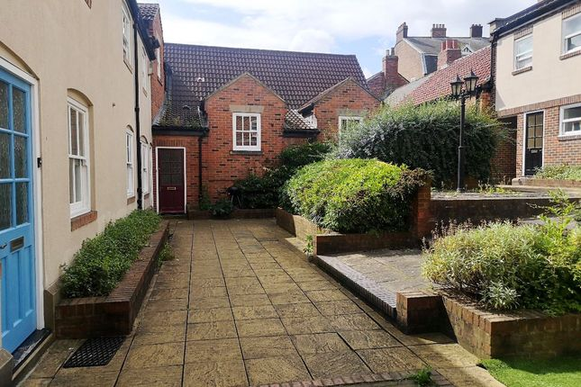 Thumbnail Terraced house to rent in Taylors Court, Monk Street, City Centre