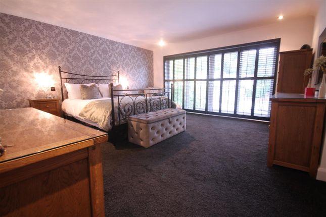 Master Bedroom of Glebe Wynd, Bothwell, Glasgow G71
