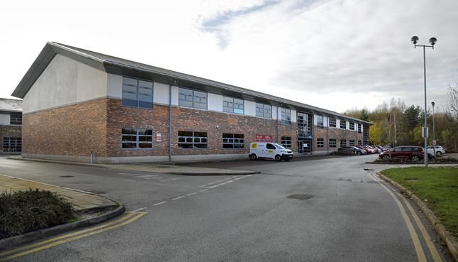 Office to let in Lugano, Lakeview Campus, Lakeview Drive, Sherwood Park, Nottingham, Nottinghamshire