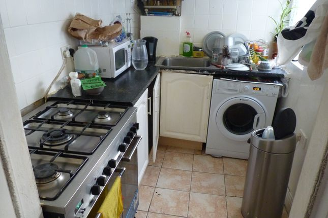 Thumbnail Terraced house for sale in Clarendon Street, Keighley