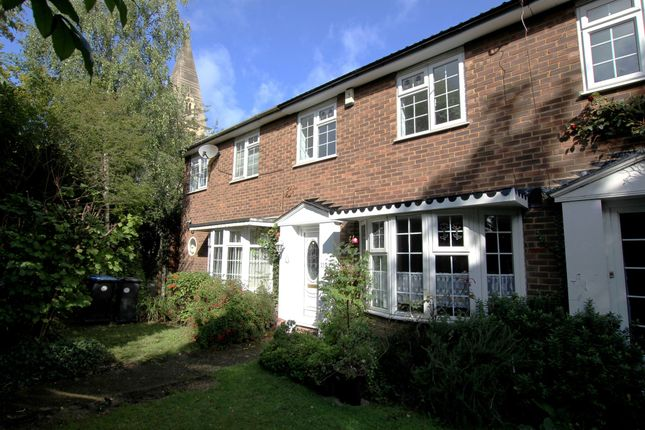Thumbnail Terraced house for sale in Windmill Hill, Enfield