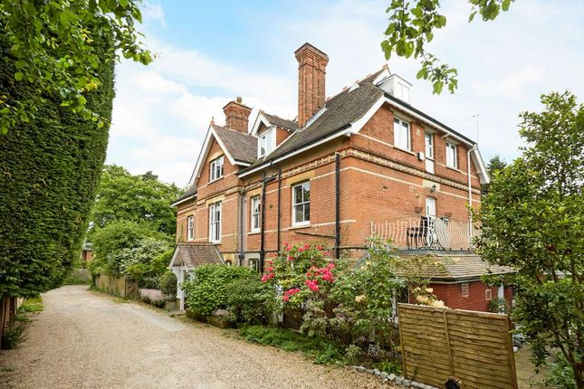 Thumbnail Flat for sale in Carbery Lane, Ascot