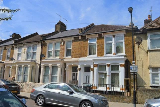 Thumbnail Terraced house for sale in Argyle Road, London