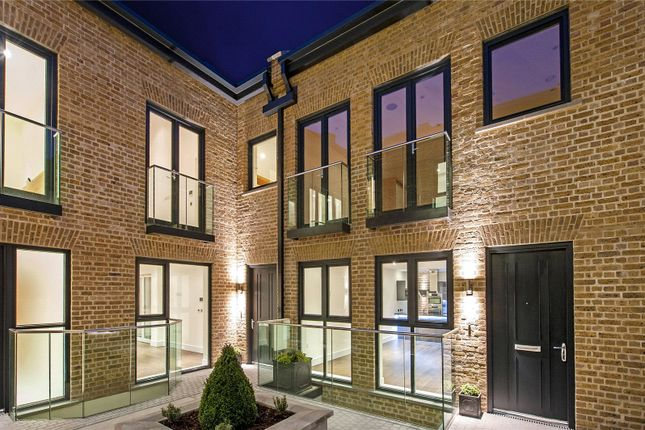 Picture No. 16 of Hob Mews, Tadema Road, Chelsea SW10