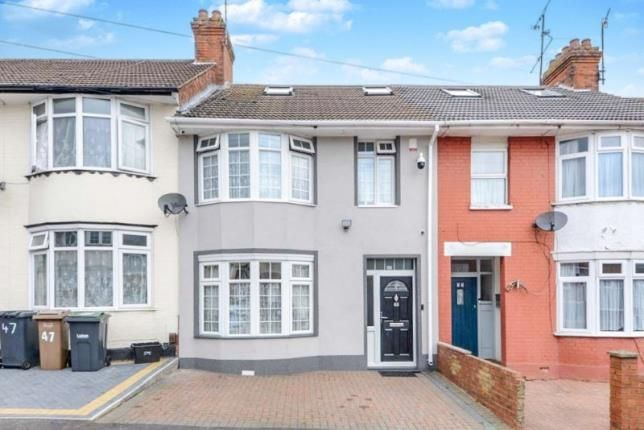 Thumbnail Terraced house for sale in Grantham Road, Luton, Bedfordshire, .