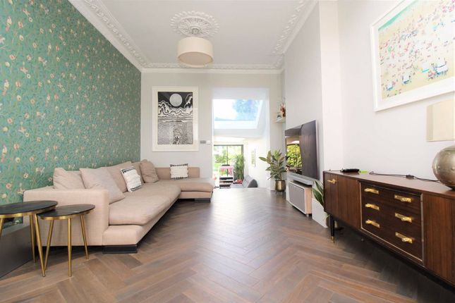 Thumbnail Property to rent in Mercers Road, London