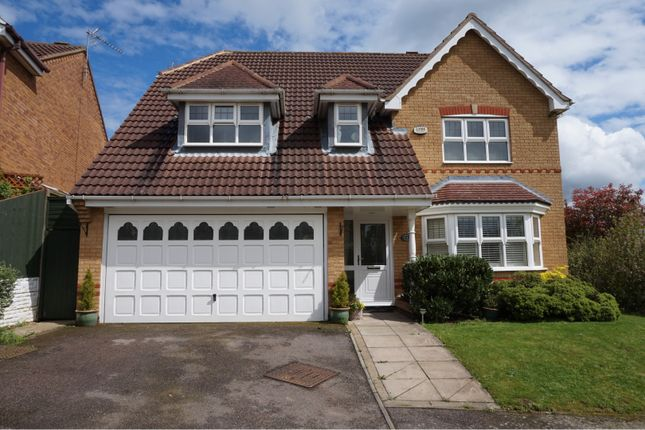 Thumbnail Detached house for sale in Gillingham Road, Kettering