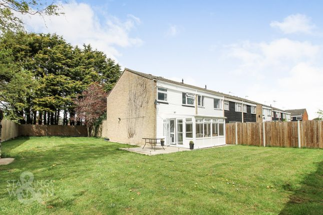 3 bed end terrace house for sale in Lovell Gardens, Watton, Thetford IP25